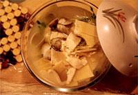 青蛤豆腐汤