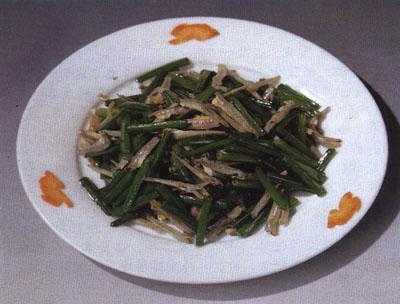 韭菜花拌海蜒